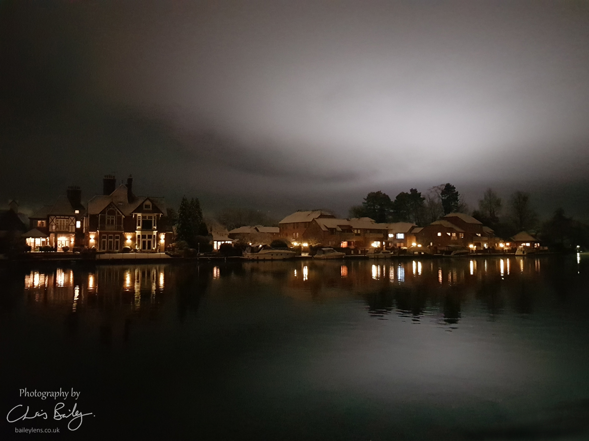 Ethereal Glow over Bisham